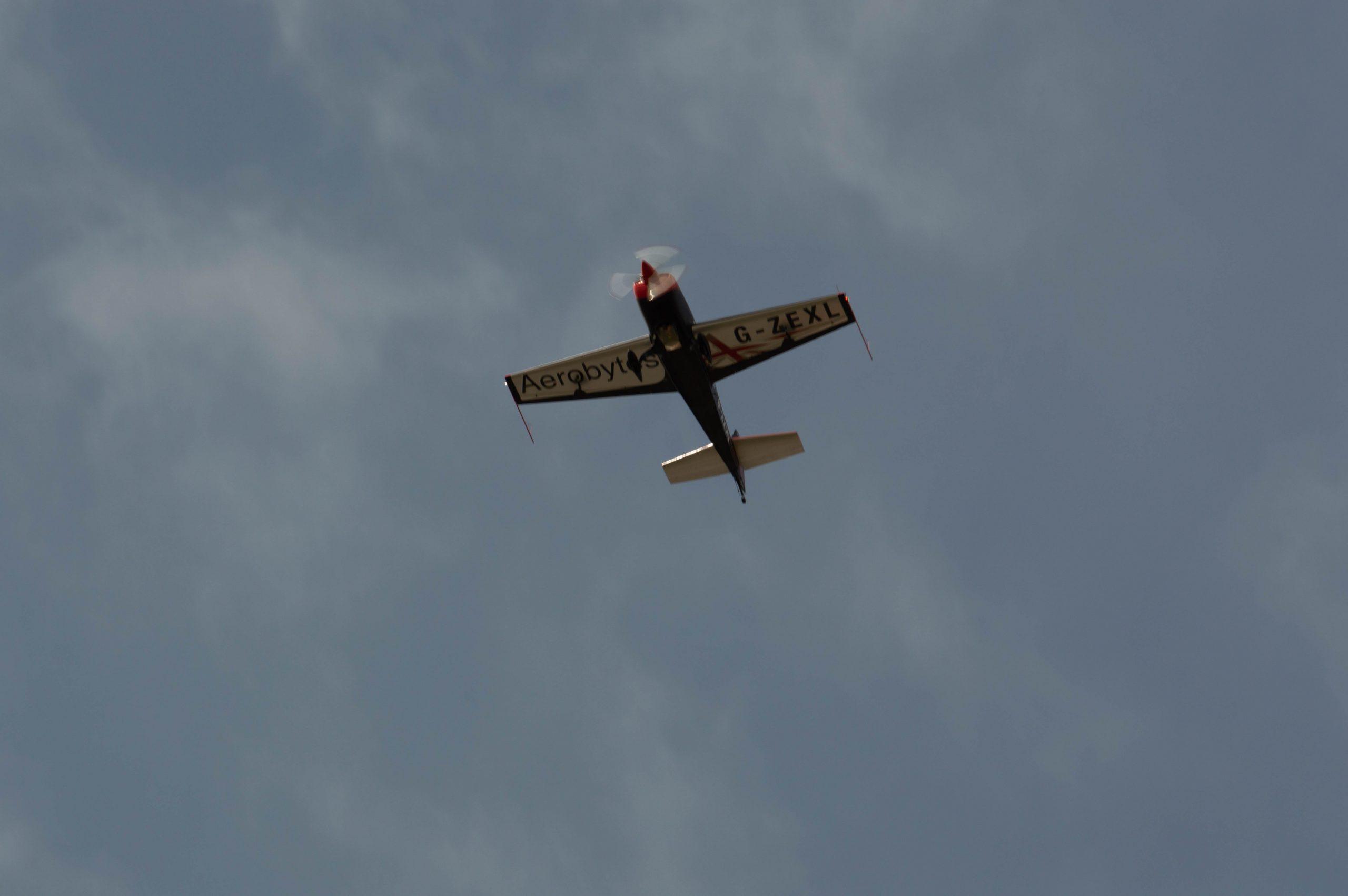 Extra 300L flyover