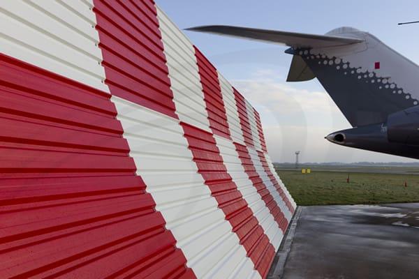 IAC Acoustics jet blast protection barrier system side