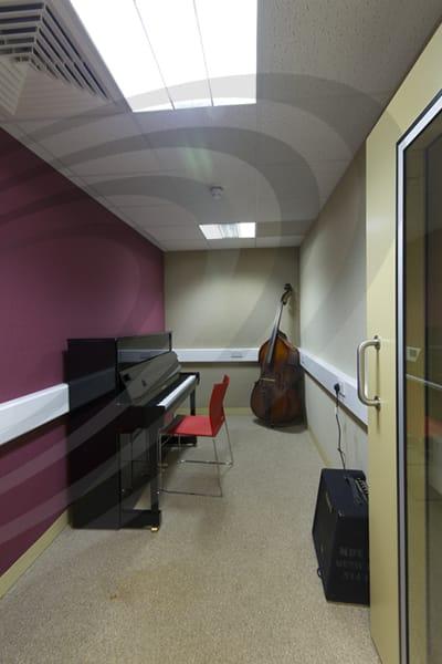 IAC Acoustics music practice room modular