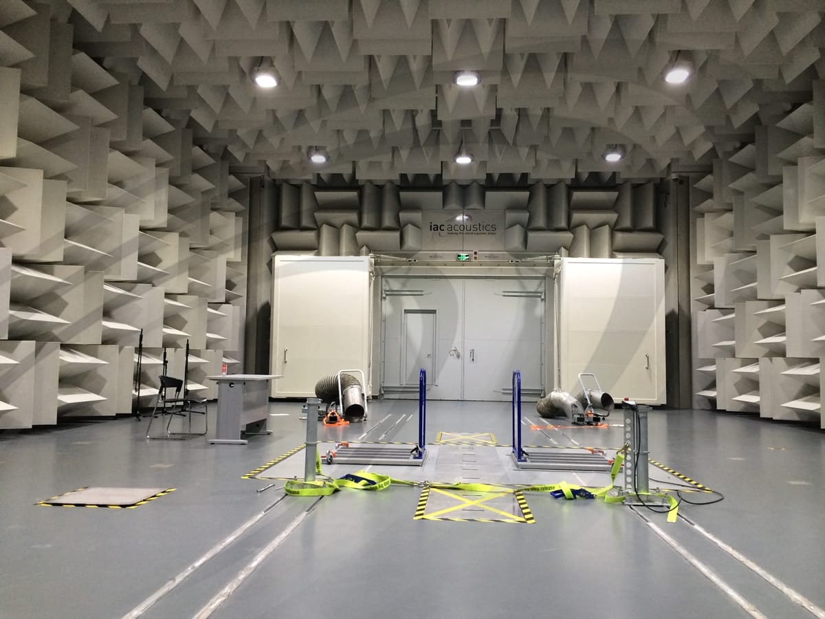 IAC Acoustics vsac vehicle semi-anechoic chamber empty